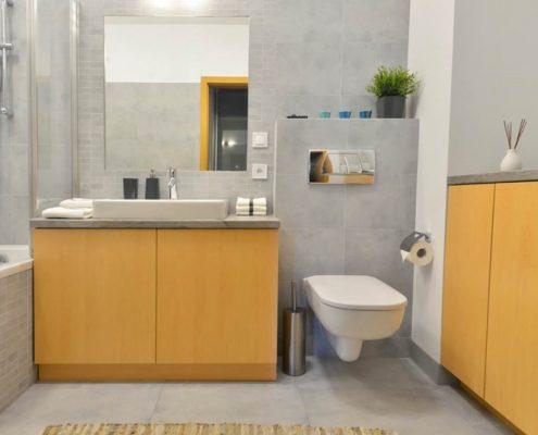 Home staging małej łazienki - Stage It Up