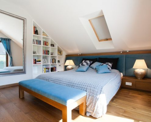 Jasna sypialnia na poddaszu - Archissima
