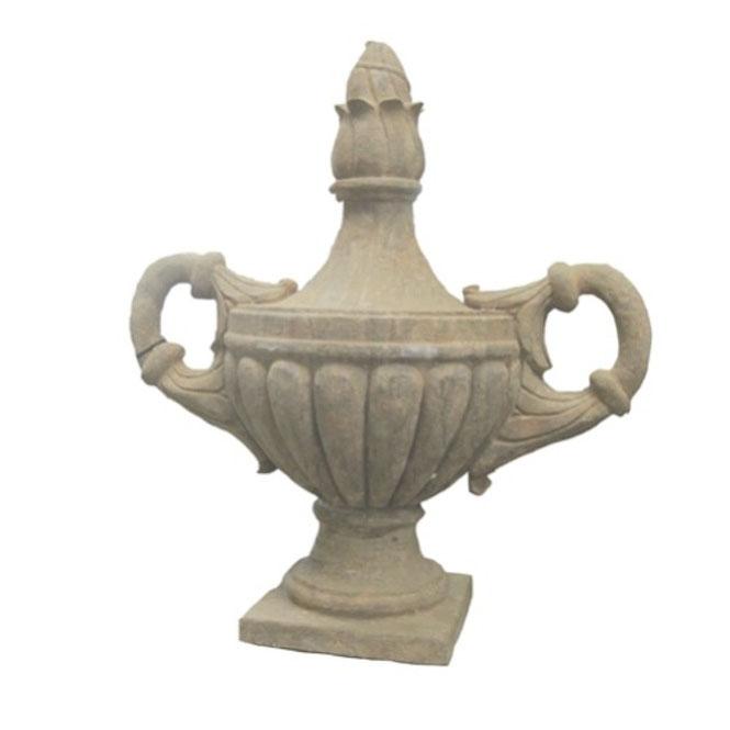 Kamienna waza ogrodowa