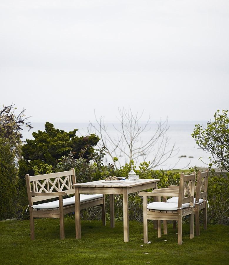Klasyczne meble w ogrodzie - Skagerak