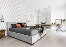 Przestronna sypialnia w jasnych kolorach - Dragon Art