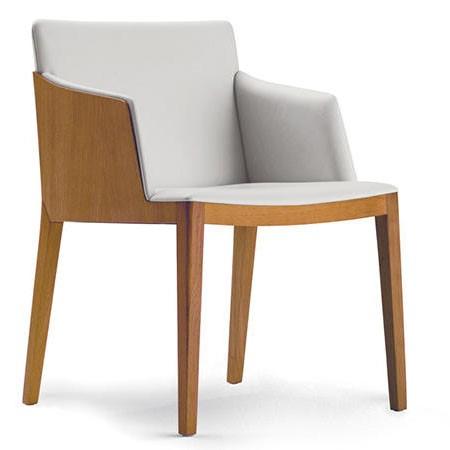 Drewniane krzesło tapicerowane Beatrice Poltrona Frau