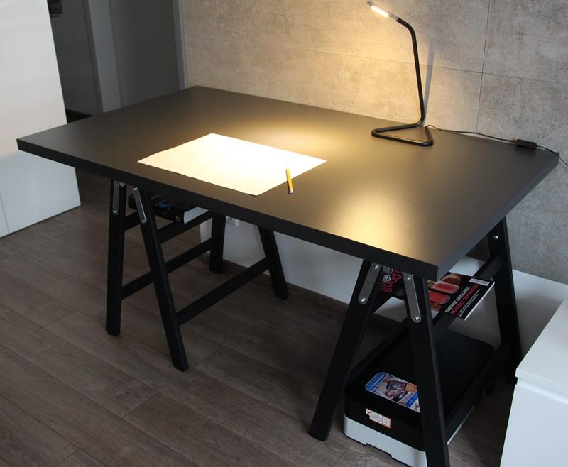 Designerskie biurko na kozłach - składane