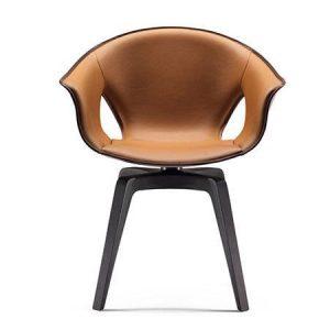 Krzesło wyściełane skórą Ginger Poltrona Frau
