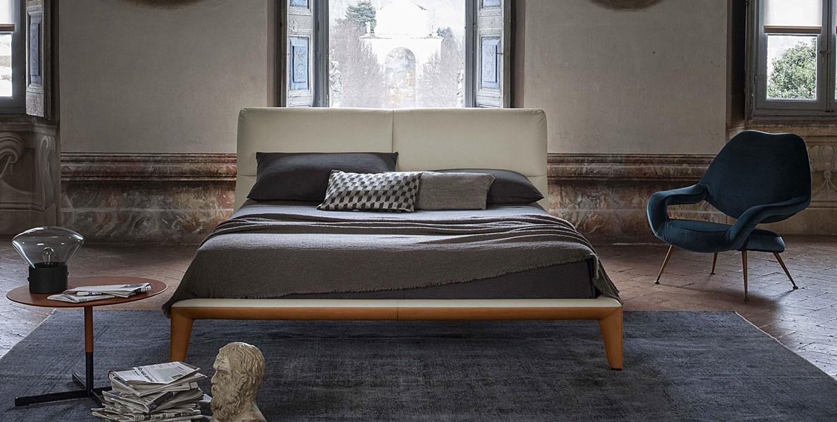 Nowoczesne łóżko w sypialni
