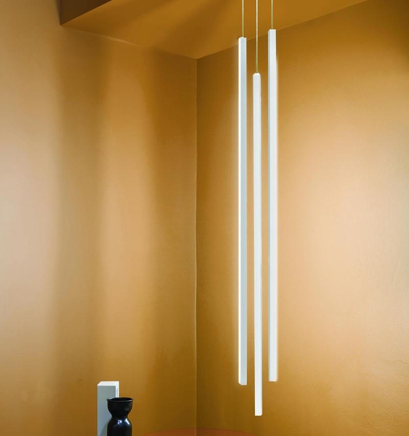 Minimalistyczne oświetlenie pionowe Linescapes pendant vertical Nemo
