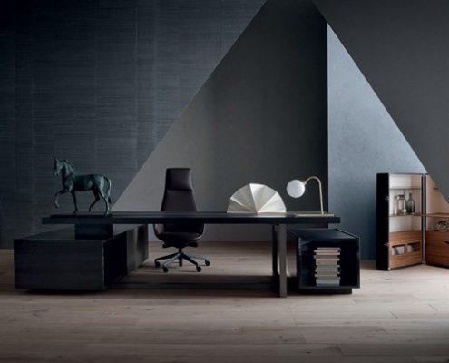 Luksusowe biurka do gabinetu - Poltrona Frau