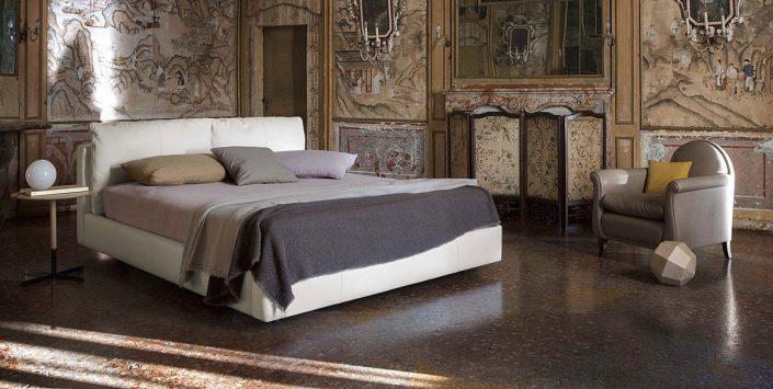 Łóżko Massimosistema Poltrona Frau