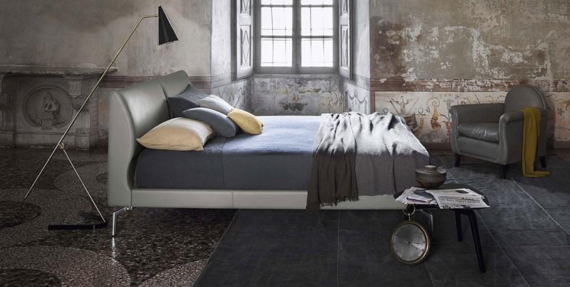 Nowoczesne, skórzane łóżko - Poltrona Frau