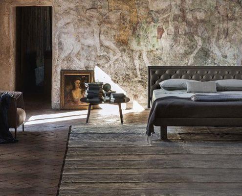 Skórzane łóżko w stylu modern classic - Poltrona Frau