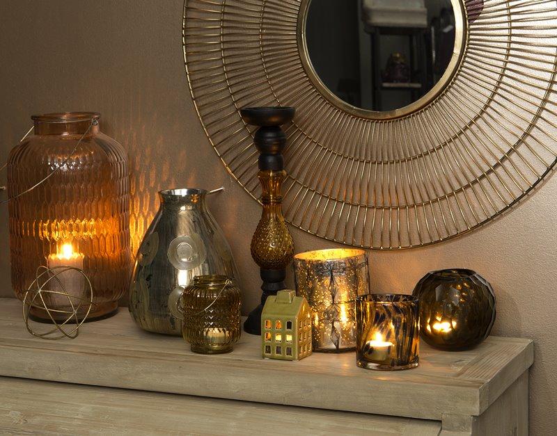 Nastrojowe lampiony w salonie