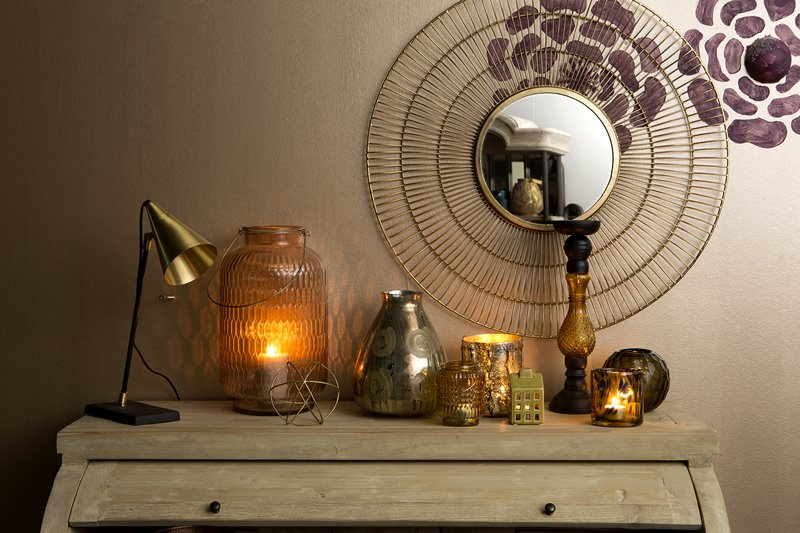 Oryginalne lampiony w salonie