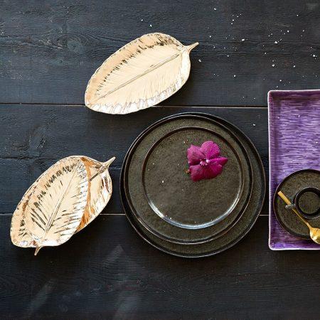 Złote talerze liście