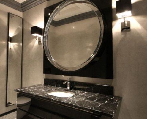 Ekskluzywna łazienka w przestrzeni biurowej