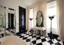 Czarno-biała łazienka w klasycznym stylu