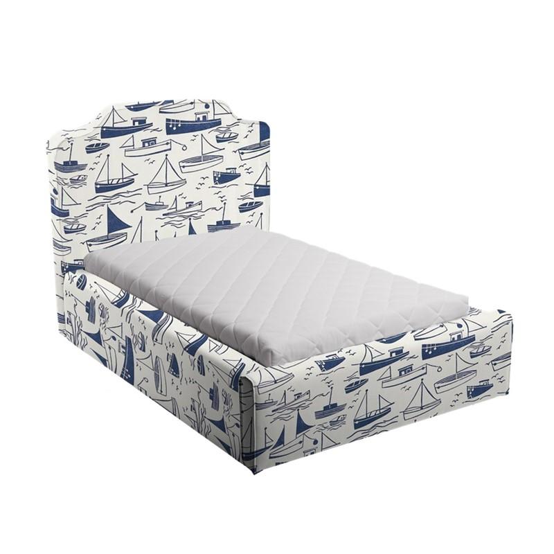 Niebiesko-białe łóżko dziecięce statki vintage
