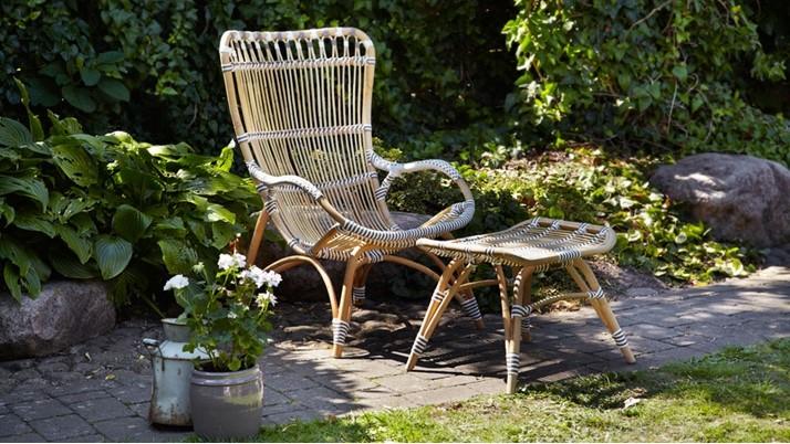 Eleganckie meble ogrodowe z prowansalskim akcentem
