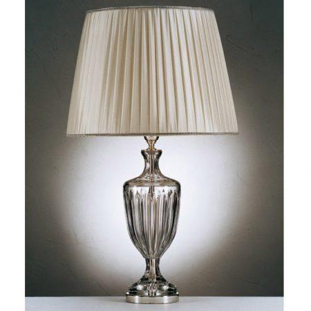 Kryształowa lampa z kloszem w stylu klasycznym