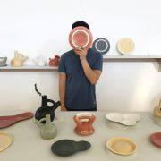 Mario Guzman w swoim studio