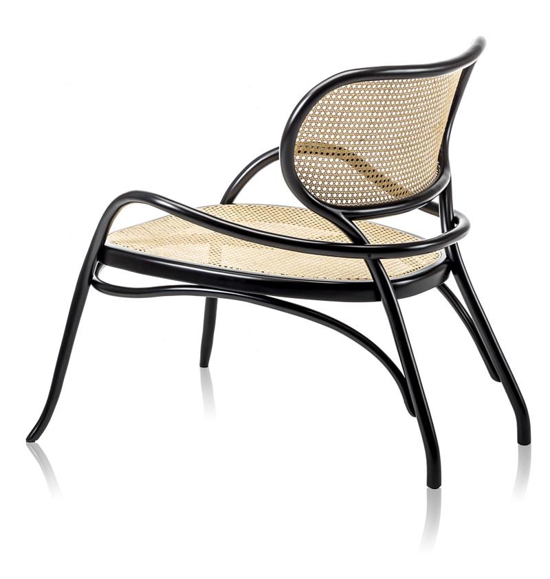 Meble z rattanu - krzesło z oparciem