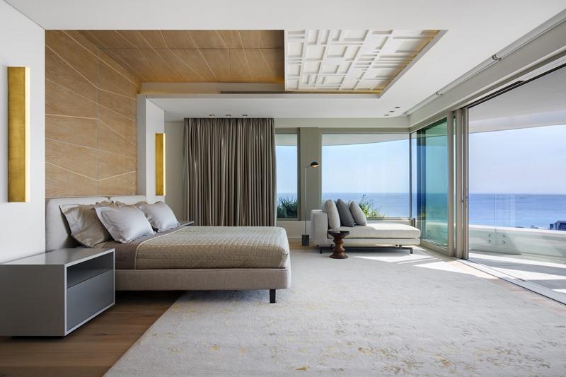 Luksusowa sypialnia z widokiem