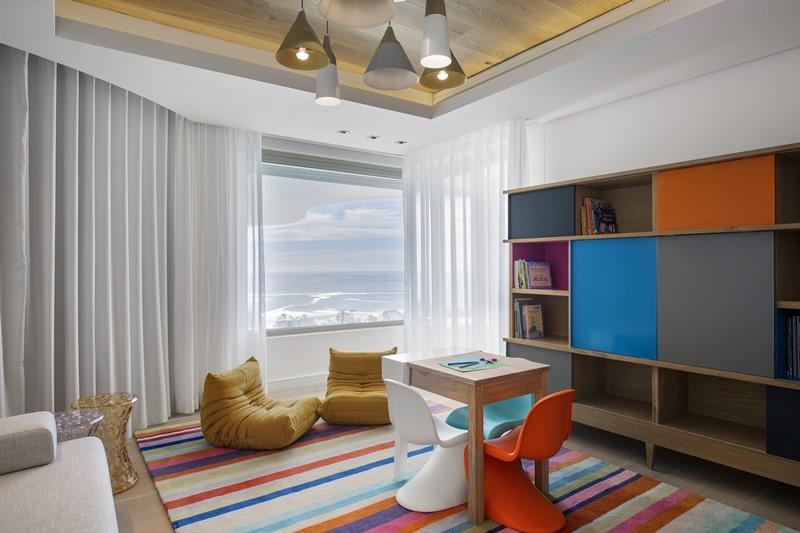 Pokój dziecięcy w luksusowym apartamencie
