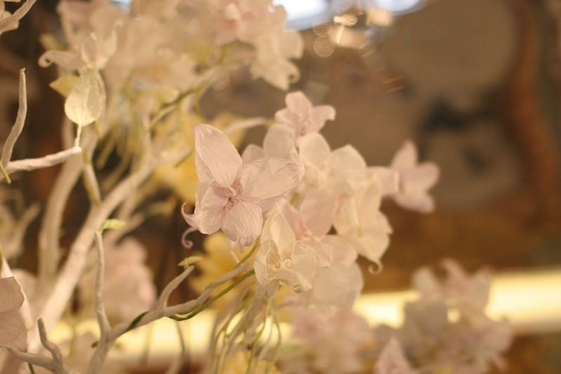 Detal - papierowe kwiaty