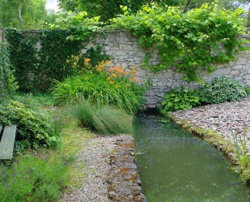 Ogrody angielskie i naturalny kamień