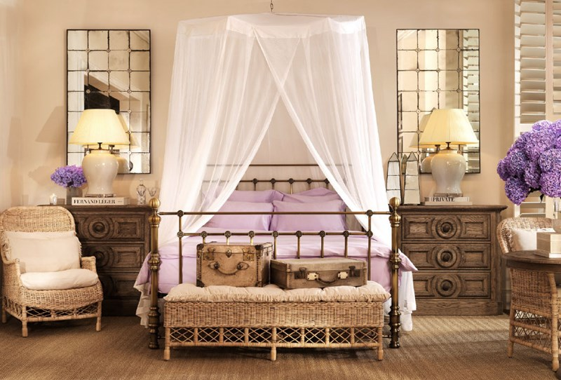 Rustykalna Sypialnia Z łóżkiem I Baldachimem Homesquare