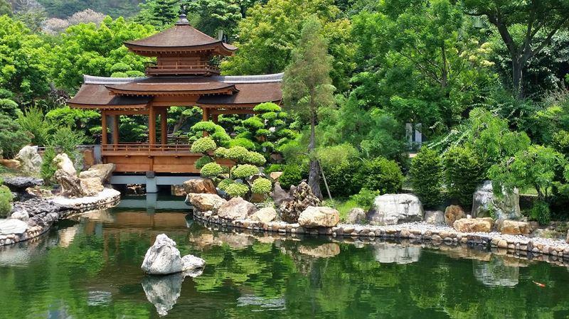 Ogród japoński zadaszony most