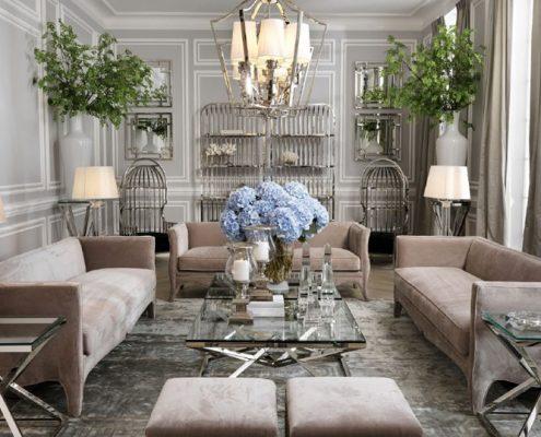 Popielaty salon i chromowane meble
