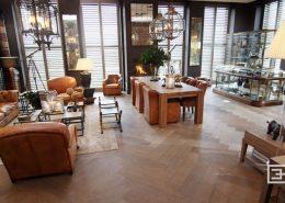 Salon z jadalnią i kącikiem kawowym w kolonialnym stylu
