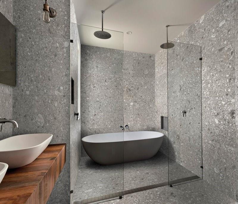 Nowoczesne płytki do łazienki imitujące kamień