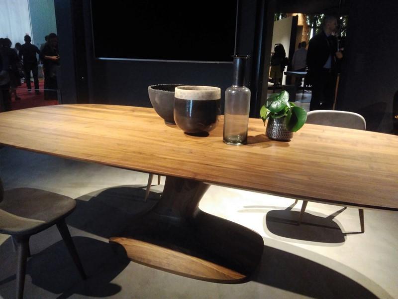 Styl japoński we wnętrzach stół