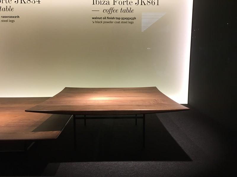 Styl japoński we wnętrzach stolik kawowy