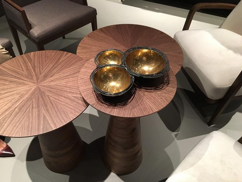 Styl japoński we wnętrzach stoliki