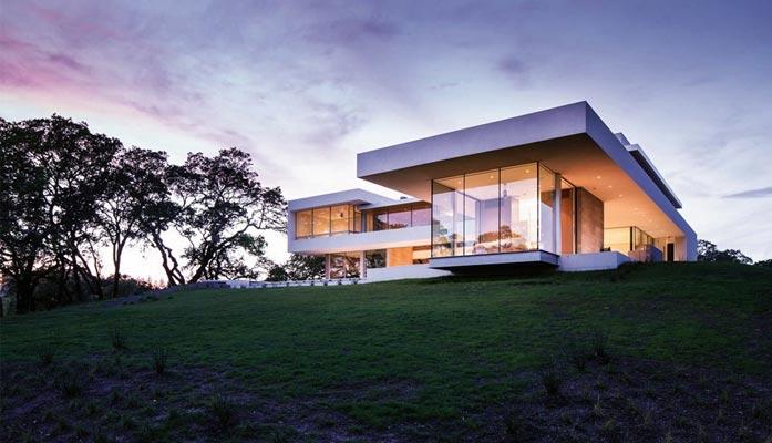 Ekskluzywny dom w dolinie rzeki
