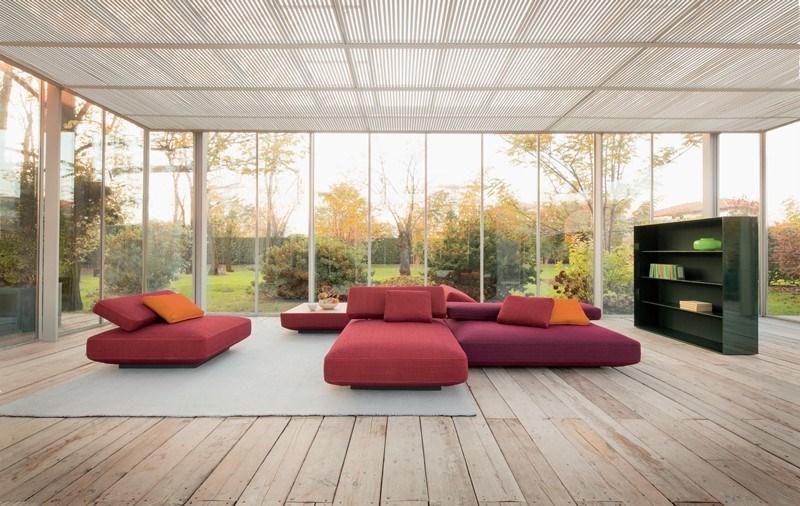 Kolorowe wnętrza minimalistyczny salon