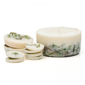 Zestaw świec dekoracyjnych i zapachów dzikie mech