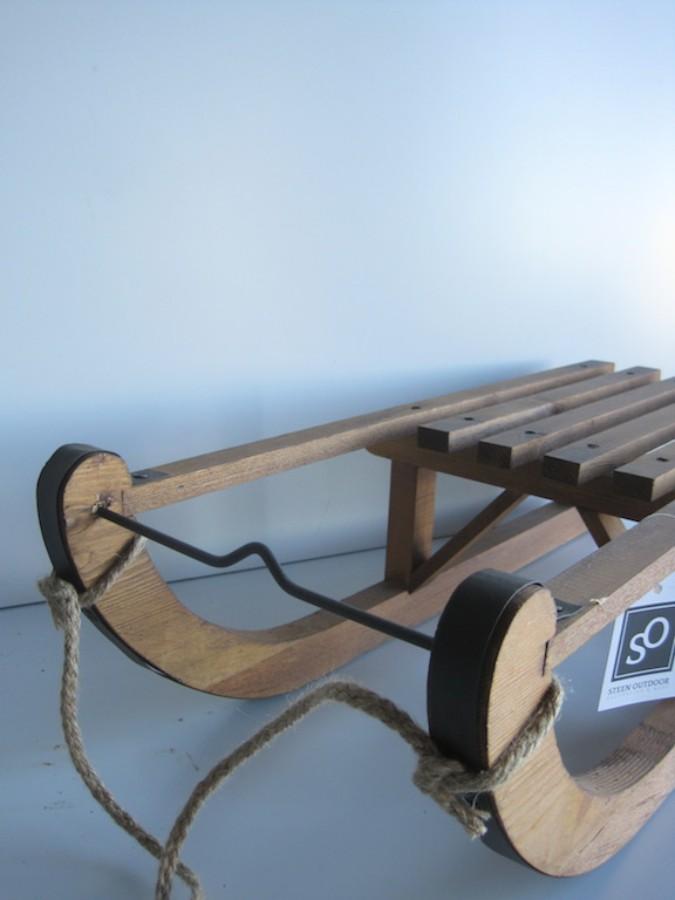 Dekoracja zimowa drewniane sanki