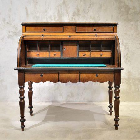 Klasyczne, holenderskie biurko