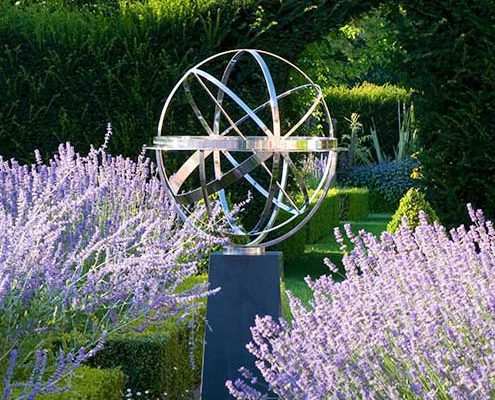 David Harber rzeźby fontanny zegary słoneczne