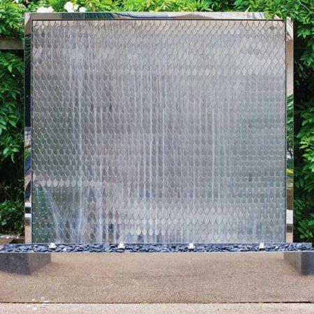 Lustrzana ściana wodna zewnętrzna PETAL WATER WALL David Harber