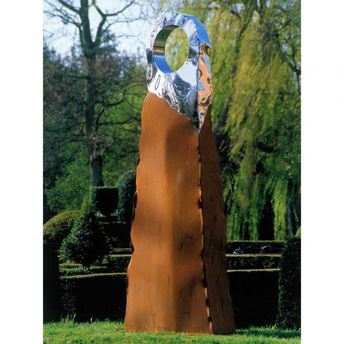 Nowoczesna rzeźba ogrodowa z efektem rdzy Hammamin David Harber