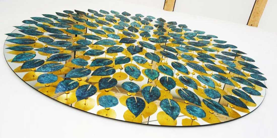 Okrągła rzeźba ścienna liście THE QUINCE TREE David Harber