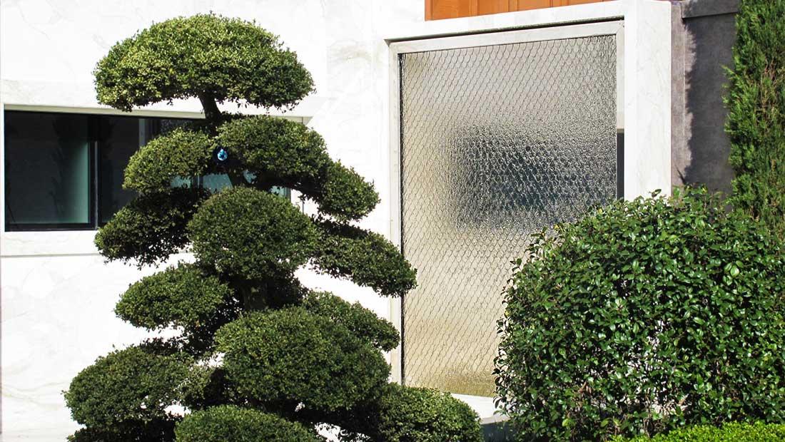 Ściana wodna dekoracja wnętrz i ogrodów