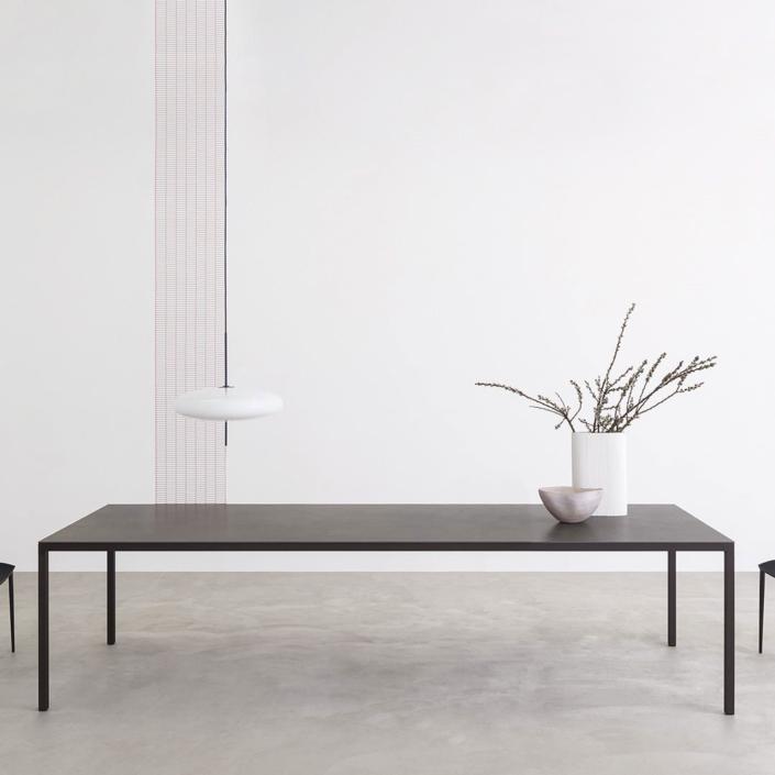Duży, prostokątny stół Helsinki 35 Home