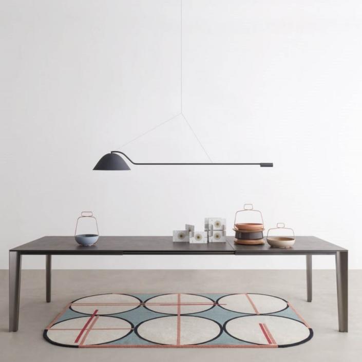Duży, prostokątny stół Skin