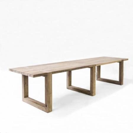 Długi stół z jasnego drewna MODI