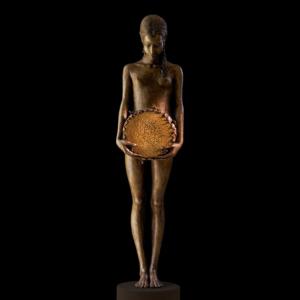 Rzeźba dziewczynki z brązu Sonnenblume Małgorzata Chodakowska